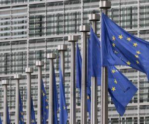 """Μεγαλοπρεπές """"άδειασμα"""" Κομισιόν σε Τσαβούσογλου: Δεν έχει εξουσιοδοτηθεί να μιλάει εκ μέρους της ΕΕ"""
