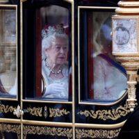 Σε κακή οικονομική κατάσταση η Ελισάβετ: 30 εκ. λίρες χασούρα για το παλάτι της Αγγλίας - 650 υπάλληλοι υπό απόλυση