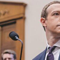Ο Ζάκερμπεργκ πληρώνει τη στάση του: Πολυεθνικές κάνουν... μπλοκ τον Mr Facebook