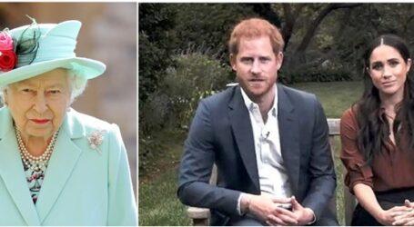 """Το παλάτι """"προσγείωσε"""" ανώμαλα τον πρίγκιπα Χάρι που ξαφνικά… έβγαλε γλώσσα"""