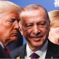 """Ανάλυση Bloomberg: """"Αν χάσει τις εκλογές ο Τραμπ, ο μεγάλος χαμένος θα είναι ο Ερντογάν"""""""