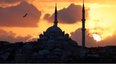 Capital Economics: Ένα βήμα πριν από την πλήρη κατάρρευση η λίρα, τα ομόλογα και οι τράπεζες της Τουρκίας