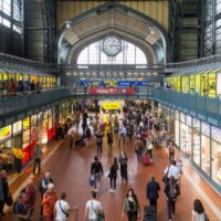 Στην πλουσιότερη χώρα της Ευρώπης τα μισά εστιατόρια και ξενοδοχεία απειλούνται με χρεοκοπία