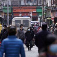 Κορονοϊός: Επιτέλους, ομάδα του ΠΟΥ πάει στη Γιουχάν της Κίνας- Θα ερευνήσει την προέλευση του ιού
