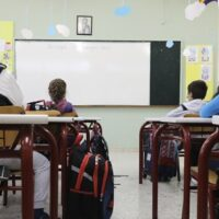 Κεραμέως: Πριν το Πάσχα δεν ανοίγουν Γυμνάσια και Δημοτικά