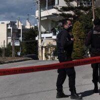 """Δολοφονία Καραϊβάζ: GREEK MAFIA και γραφεία """"ενοικιάσεως"""" δολοφόνων στο στόχαστρο της ΕΛ.ΑΣ - Σήμερα η κηδεία του δημοσιογράφου"""